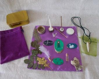 Pocket Altar, Pagan pocket altar, Travel altar,Pagan altar set, Portable altar, Altar kit, Elen of The Ways