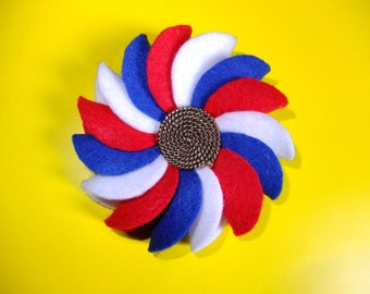 """Red, White and Blue Felt Flower Rosette Brooch with Nautical """"Retro/Vintage"""" Button (Medium)"""