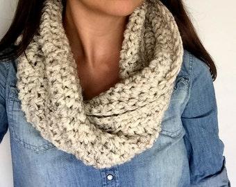 Crochet Wool Infinity Scarf // Chunky Crochet Cowl // Chunky Cowl Scarf // Fall Scarf // Chunky Crochet Scarf