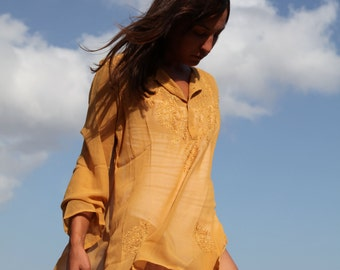 Tabacco embroidery tunic top.