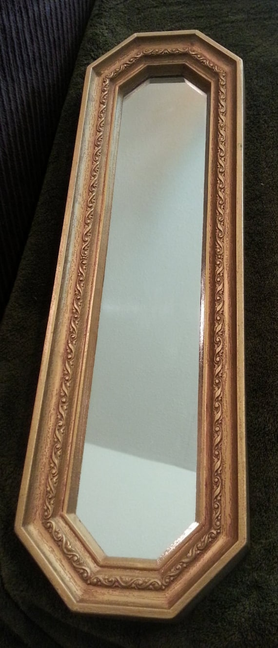 Vintage miroir long et troit r sine de l 39 or home interiors for Miroir etroit