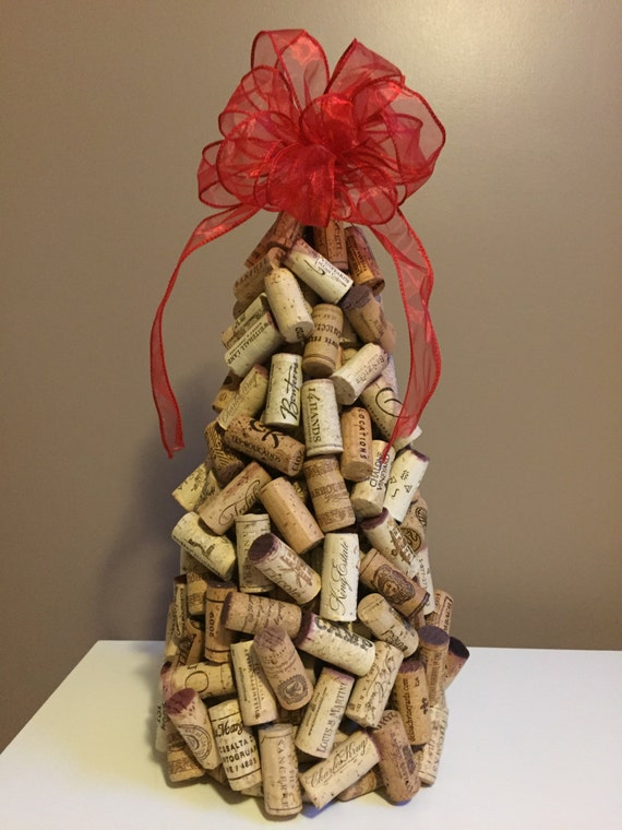 recycled wine cork christmas tree. Black Bedroom Furniture Sets. Home Design Ideas