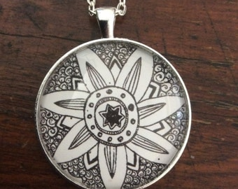 Round 38mm Black & White Doodle Flower Glass Dome Necklace