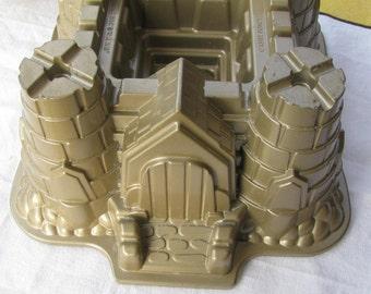 Williams-Sonoma Nordic Ware Castle Baking Pan - Used