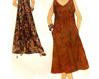 Simplicity 8889 Comfy Pullover Bias Dress VINTAGE 1970s  ©1979