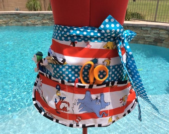 Vendor Apron, Womens Aprons, Plus Sizes, Sassy Half Apron w/ 6 Pockets, Sturdy, perfect for Teachers, Utility, Cleaning, Gardening, Gifts