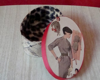 Retro 50s Sewing Pattern Box, Stash Box for Sewing Items Made of Upcycled Vintage Parts ~ Leopard Lined