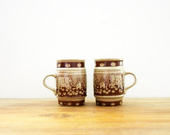 vintage 70s 1976 Taylor & Ng Pair of Elephant Barrel Coffee Mugs // Retro Coffee Cup // 2 Mugs