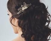 Gold Bridal Headpiece | Pearl Bridal Hair Comb | Wedding Hair Accessories | Wedding Hairpiece [Daphne Comb]