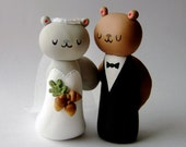 Squirrels Wedding Cake Topper READY TO SHIP - Bride and Groom Sculpted Figurines - Designed and Handmade by The Happy Acorn
