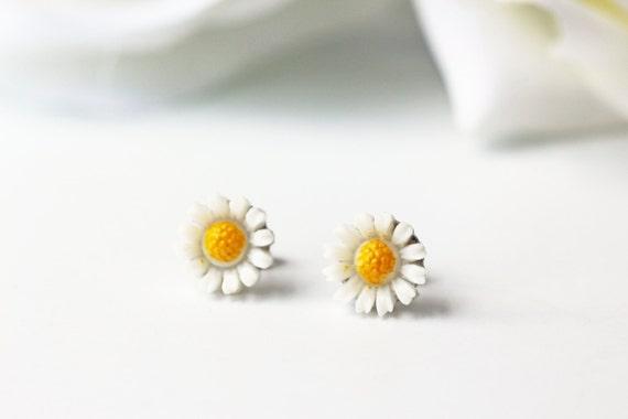 White Daisy Titanium Studs Vintage Dainty Flower Nickel Free Earrings