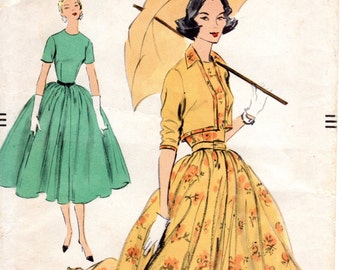 1950s Fit & Flare Dress with Bolero Pattern - Vintage Vogue 9109 - B36 FF