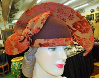 Vintage Style 1920s Rust and Brown Hat