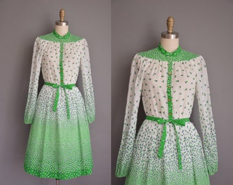 vintage 1970s dress/70s leaf print dress / 70s cotton Susan Howard dress