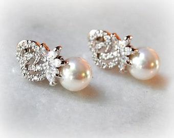 Crystal and Pearl Studs, Wedding Earrings, Bridal Jewelry, Wedding Jewelry, Bridesmaid Earrings - MACKENZIE