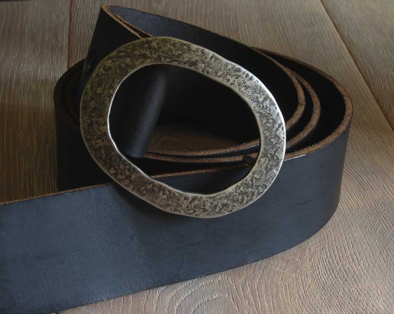 "2"" Leather Belt with Snaps for Blue Jeans w/ Hand Forged Oval Belt Buckle Wide Motorcycle Belt Custom Cut ~ (Four Colours) w/ Belt Buckle"