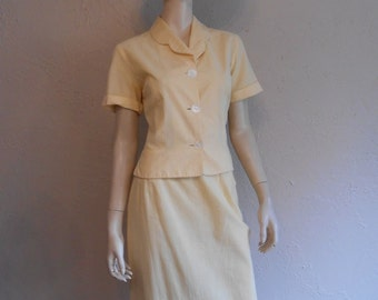 Victory Over the Pacific - Vintage WW2 1940s Lemon Yellow & White Pinstripe Seersucker Suit - 6/8