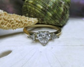 14k Heart Shape Diamond with Trillions 1ctw Size 6.5