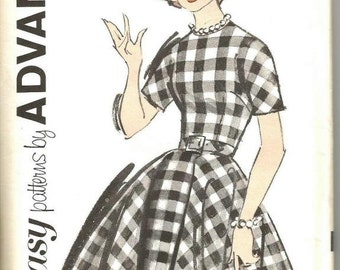 1960s Rockabilly Full Skirt Dress Jewel Neck Short Kimono Sleeves Princess Seam Advance 2782 Uncut FF Size 16 Bust 36 Vintage Sewing Pattern