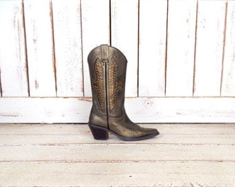 Vintage bronze metallic gold cross studded leather cowboy boots/pointy mid heel Wild Pair western cowboy boots