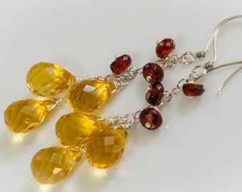 CITRINE ///Citrus Citrine and Rich Red Garnet Drop Earrings. Petite Chandelier. Red and Gold.///