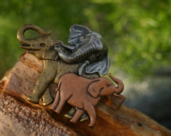 Elephant Brooch, vintage brooch, animal brooch, brooch, Elephants, Trunk