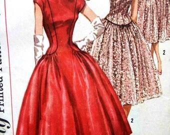 Vintage 1950s Simplicity Princess Seam Drop Waist Dress Sewing Pattern B 34