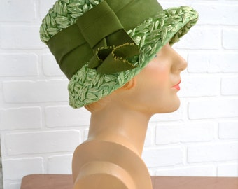 1960s Green Straw Hat with Olive Ribbon Band