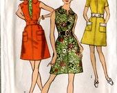 Simplicity 8686 Vintage 1960s - 70s Mod Mini Dress Sewing Pattern Uncut B32.5