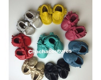 WHOLESALE LOT of 30 pairs 100% genuine leather baby moccasins Mocs moccs tassel