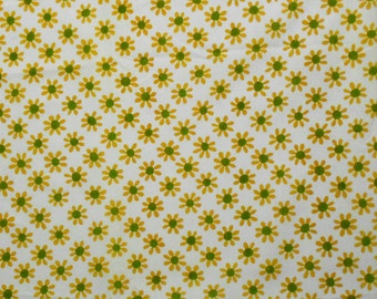 1970s Mod Gold Daisies on Vintage Sheet piece