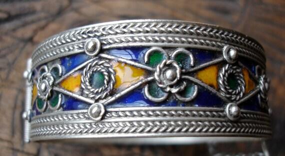 Moroccan  enamel bracelet bangle cuff (T)