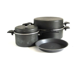 """Miracle Maid 6 Quart Dutch Oven, Pie Pan Gem Coat Anodized Aluminum Cookware Bakeware (As-Is, see """"Item Details"""")"""