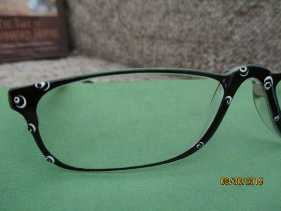 reading glasses painted black and white pizzaz by thurstonhill