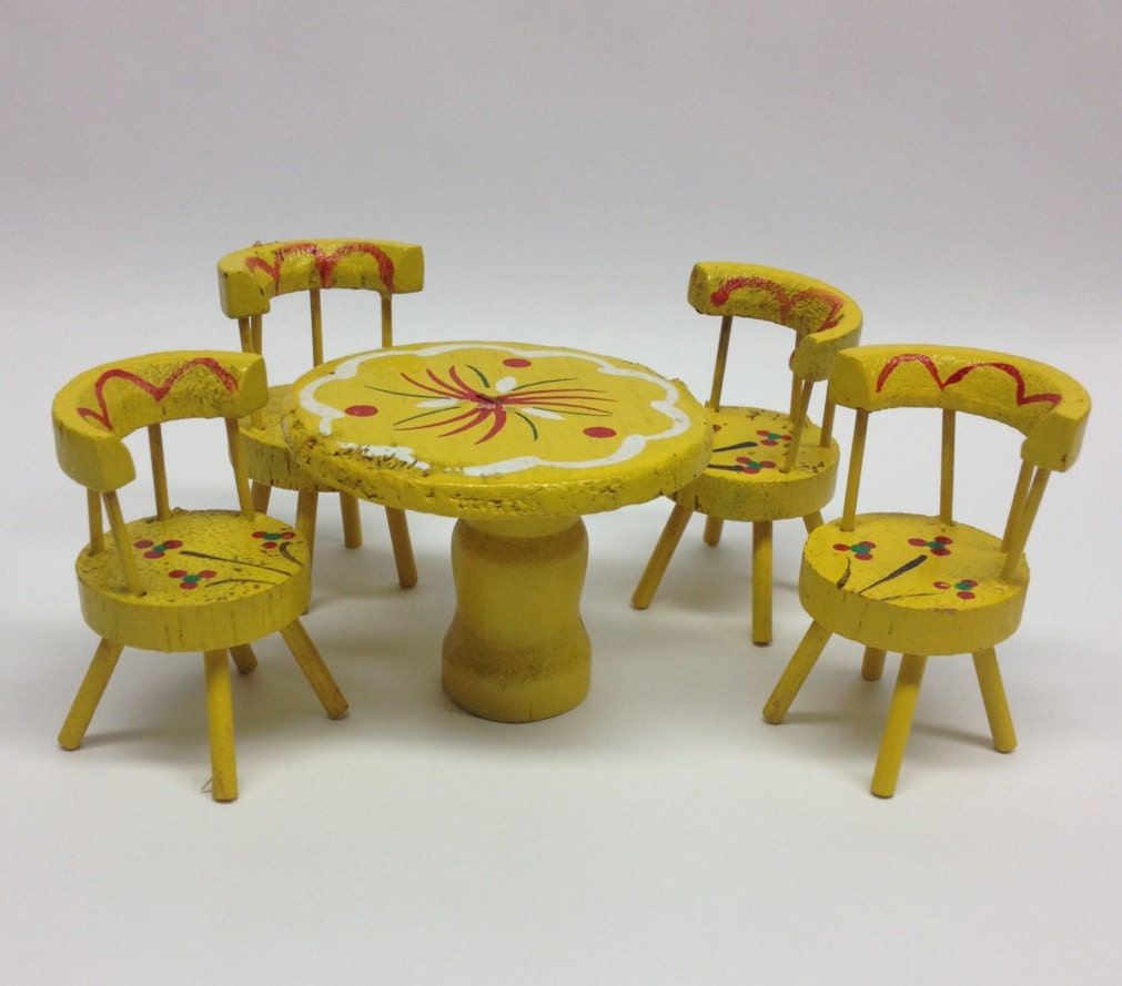 Miniature Kitchen Table And Chairs Dollhouse Wooden Yellow