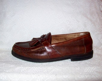 Vintage Men's Brown Leather Tassel Loafers by Florsheim Size 9 1/2 WIDE Only 8 USD