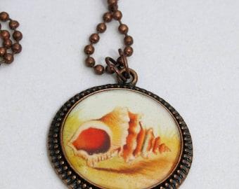 Beach Jewelry, Seashell Jewelry - Conch Shell Image Antique Copper Round Resin Pendant, Seashell Pendant