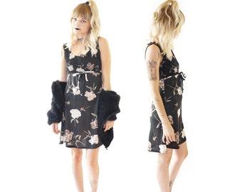 Scrunchy Black 90s Grunge Party Dress, Black Rose Printed Mini, 90s Digital Print, Babydoll Dress, Women's Size Small/Medium