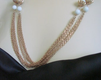 80s White Lucite Multi Chain Flapper Length Necklace / Vintage Jewelry / Jewellery