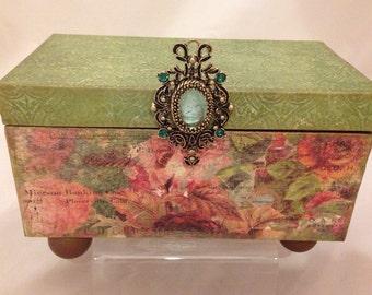 Seceret Garden Decorative Box