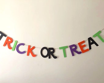 trick or treat banner, halloween banner, trick or treat garland, halloween garland, halloween decoration