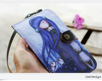 Wristlet phone sleeve with leather snap button