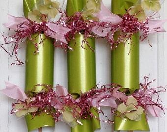 Green & Pink Wedding Party Cracker