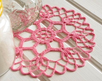 Small crochet doilies Pink crochet doily Small lace doily Round crocheted doily Girl room decor 63