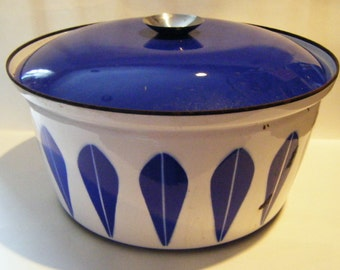 Fabulous Mid Century Cathrineholm Catherine Holm Lotus Pattern Blue and White Huge Pot With Cover