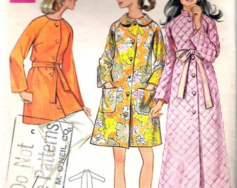 """Vintage 1960's Butterick 5556 Robe Sewing Pattern Size 12 Bust 34"""""""