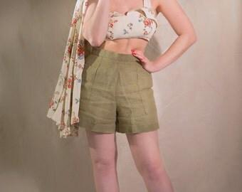 High Waisted 1940s Linen Shorts // 1930s Beachwear