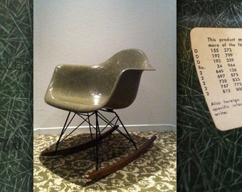 EAMES HUNTER GREEN Rocker Original Vintage Fiberglass Arm Shell Apr 11 1972 Herman Miller Rocking Chair Rare Collectible Color
