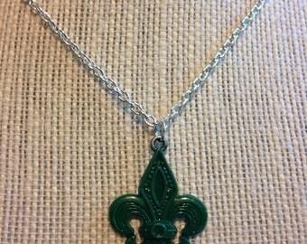 """20"""" Forest Green Fleur-de-lis Necklace"""