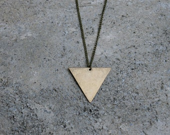Triangle Necklace // Minimal Necklace // Layering Necklace // Geometric Necklace // Brass Triangle Necklace // Arrow Necklace